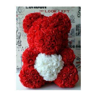 мишка из роз с белым сердцем
