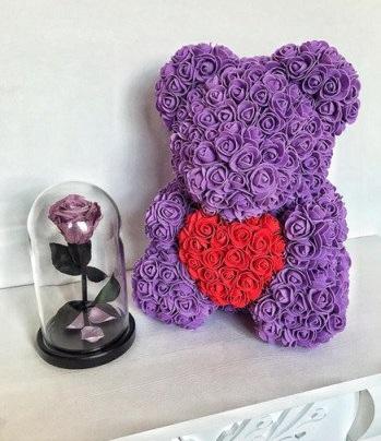 фиолетовый мишка из роз с сердцем