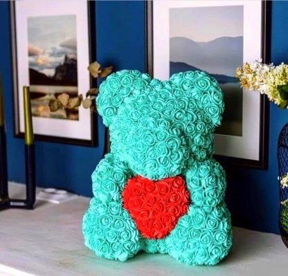 бирюзовый мишка из роз с сердцем