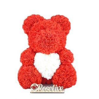 крсный мишка из роз с белым сердцем
