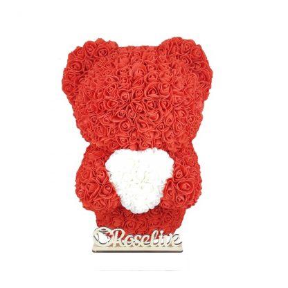 красный мищка из роз с сердцем