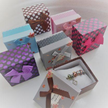 коробочки для браслетов