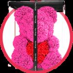 розовый мишка из роз с сердцем в коробке